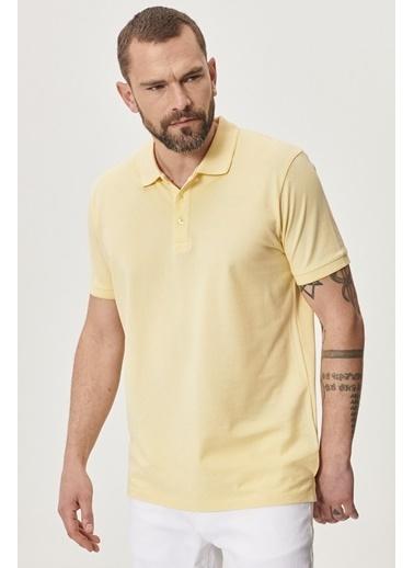 Altınyıldız Classics Düğmeli Polo Yaka Cepsiz Slim Fit Dar Kesim Düz Tişört 4A4820200047 Sarı